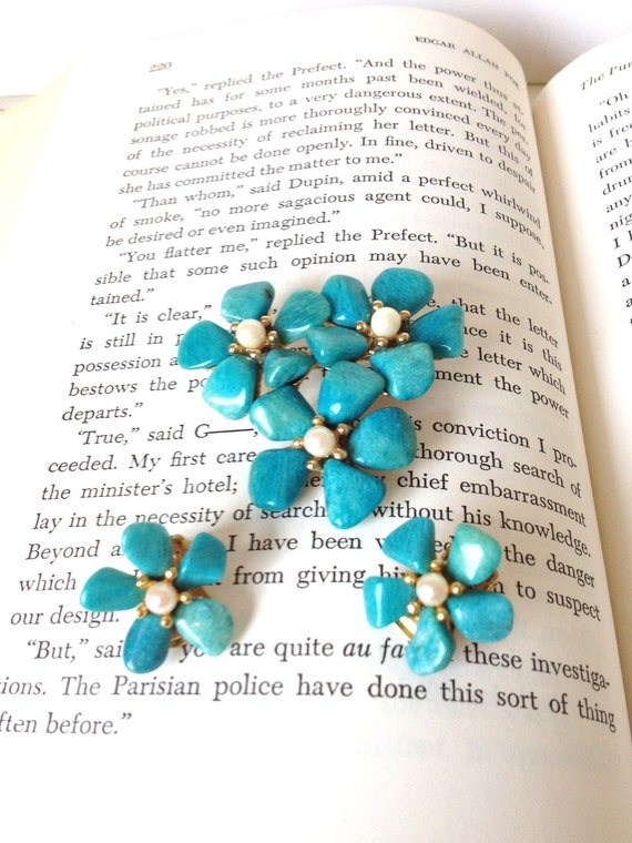75% MARKDOWN - Something Blue Set - Pearl and blue stone -  Bridal shoe clips - Brooch