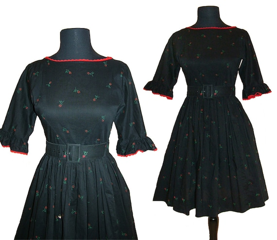 Vintage 1950s Girls Pre Teen Black and Red Rose Print Cotton Dress kids size 14