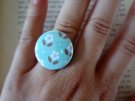 Daisy Ring Shabby Chic Vintage Inspired