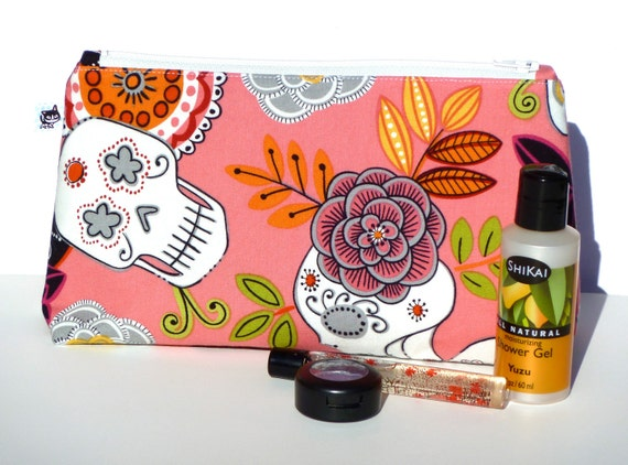 Makeup Bag / Day of the Dead / Sugar Skull / Pink with Zipper / LARGE / By Slightly Smitten Kitten Designs
