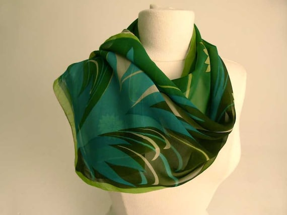 1970s hand rolled chiffon vintage scarf,