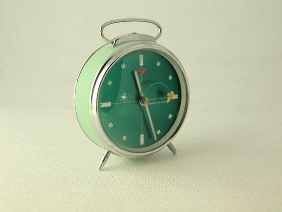 Vintage alarm clock green / turquoise