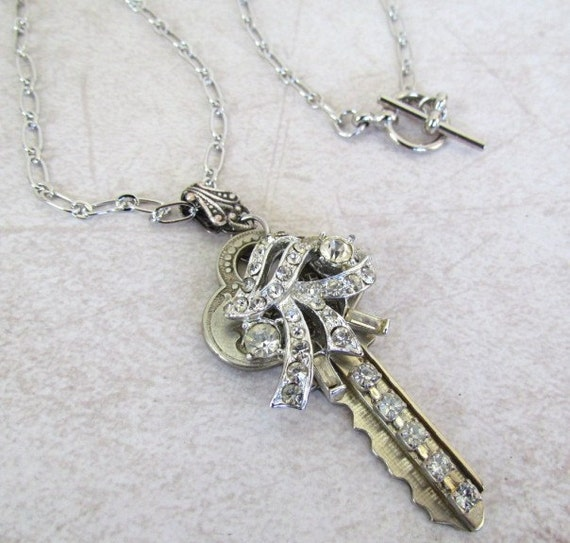 Vintage Key Necklace with Rhinestone Earring