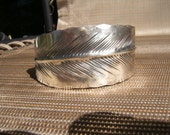 Vintage  stuart NYE sterling Feather cuff, signed.......unisex bracelet  5 1/2 inch small....TREASURY ITEM