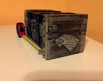 Game of Thrones - House Stark miniature Square weathered Chest / Box / Trunk - Wood burned hand painted Dire Wolves-A Song of Ice and Fire
