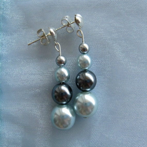 Czech Glass Blue Earrings : Silver Plated Dangle Earrings in Shades of Blue (Set - Matching Ring Available)