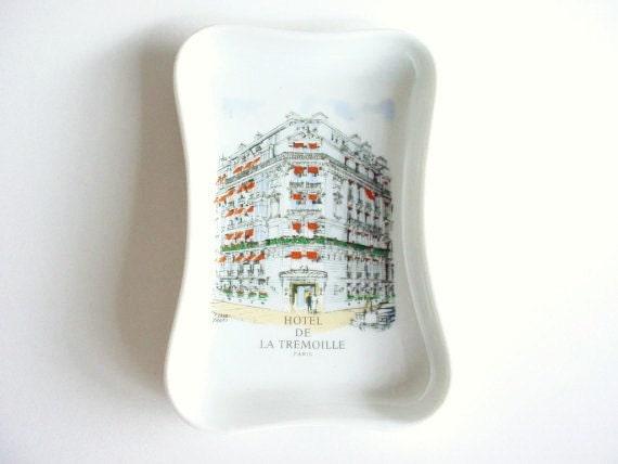 Vintage Pillivuyt Porcelain Trinket Dish with Hotel De La Tremoille - Paris Picture - Made in France - Hotel Memorabilia
