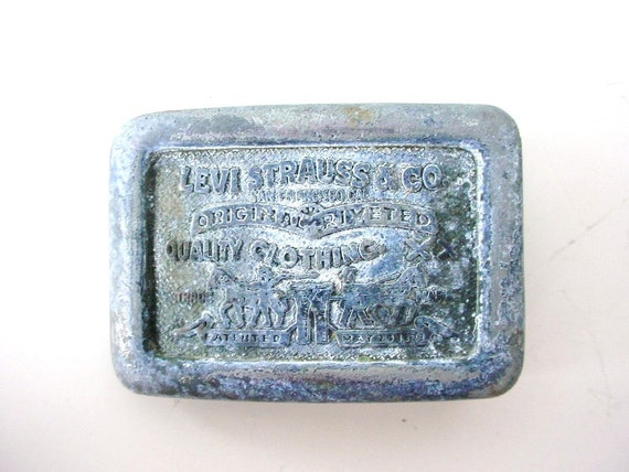 Levi Strauss Belt Buckle - Vintage - Patina - Small Buckle - Century