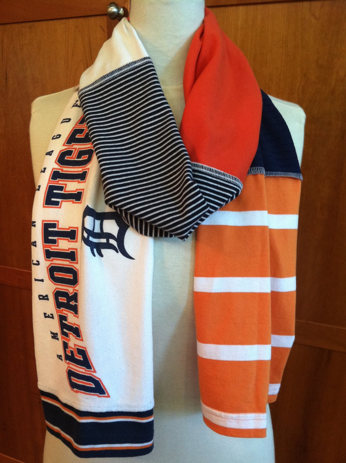 Upcycled T Shirt Scarf Detroit Tigers Navy Blue