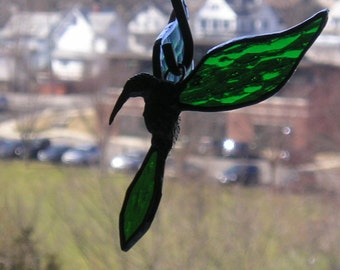 Stained Glass Hummingbird|Hummingbird Suncatcher|3 Dimensional|Green|Art & Collectibles|Glass Art|Suncatchers|Handcrafted|Made in USA