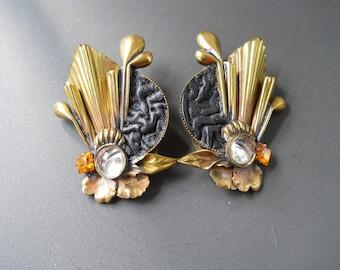 Vintage designer clip on earrings by Italian designer Luigi Briglia: 1970s