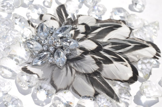 Decorative crystal, black and white feathered hair accessory
