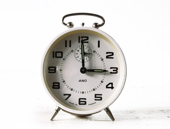 CUTE vintage French  WHITE  Alarm CLOCK