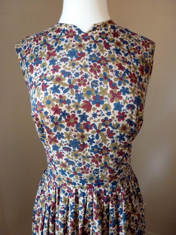 SALE 50's 60's Fall Floral Full Skirt Dress L