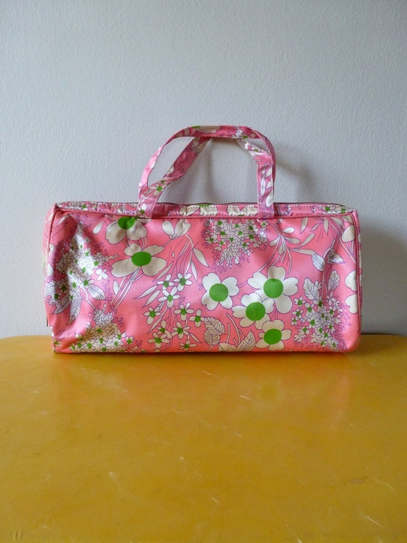 60's Cosmetics Bag with Flower Power Pattern