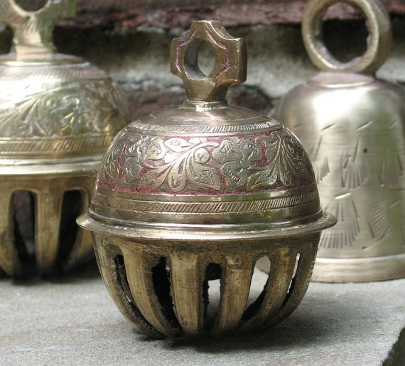 Vintage brass elephant bell for clarity