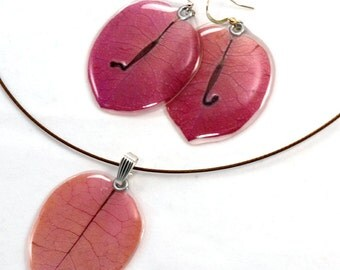 Real pink bougainvillea petals earrings and pendant set