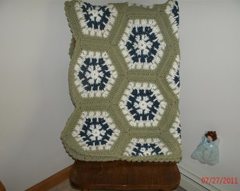 Medallion Snowflake Crocheted Afghan