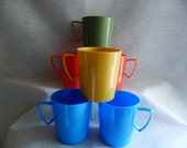 Vintage Camping or Picnic or any Outing 6 Cups