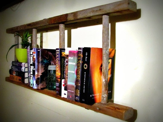 Vintage 4 rung wooden bookshelf ladder with metal strap
