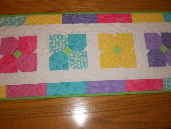 Table Runner bright summer flowers table decoration