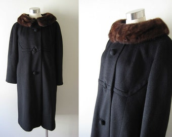 Vintage 50s 60s Jackie O Swing Coat with Fur Collar (S/M/L)