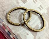 36 x 28 mm  Antique Bronze Oval Shape Key Rings...Split Rings (.tm)