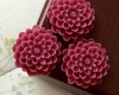 15 mm Umber Red Colour Morifolium Resin Flower (.sm)