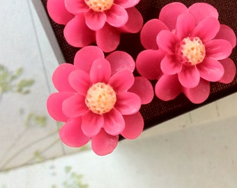 18 mm Hot Pink Color Resin Marigold Flower (.as)
