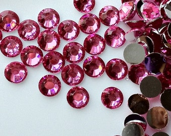 4 mm High Quality 14 Faceted Cut Resin Rhinestone Diamonds of different colors (.shg-100)