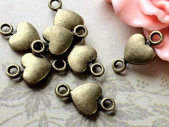 8 x 15 mm Antiqued Bronze Heart Shape Charm Connector