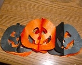 Vintage HALLOWEEN DECORATION Jack-o-lantern tissue paper garland for SAMHAIN