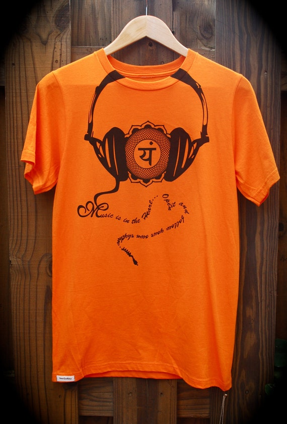 Men's Organic Tshirt, Music is in the Heart, Size Small, Screenprinted, Chakra, Headphones, Eco Friendly, Handmade by UniverSoulWear