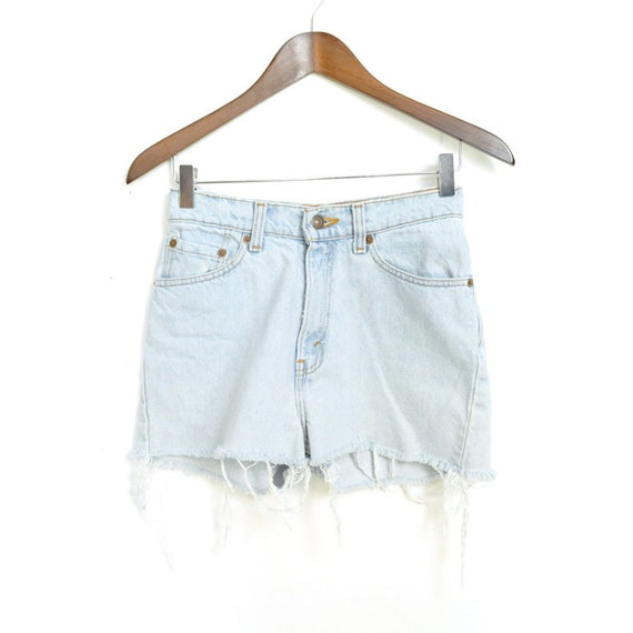 ViNTAGE FADED LEVi'S CUT-OFFS / xs s / 25 26 waist / acid wash / shredded / jeans shorts / basic / perfect levis
