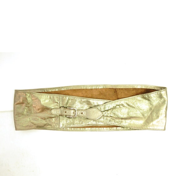 ViNTAGE METALLiC LEATHER Belt / obi style high waisted / buttery soft / bronze / s - m .