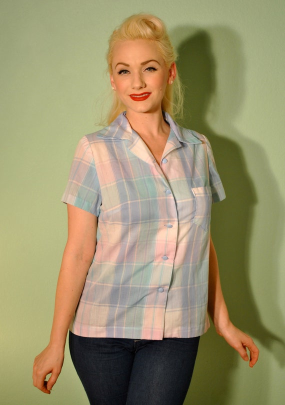 Pinup Plaid Blouse - Vintage Button Up for Rockabilly Gals in Pastels - Very 40s 50s 60s