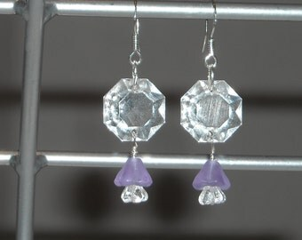 Vintage Chandlier Crystals & Light Violet Glass Flower bead Earrings
