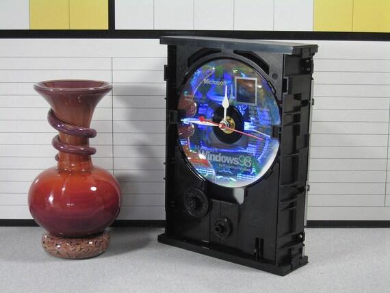 Handmade Desk Clock Upcycled Dvd Drive Windows 98 By