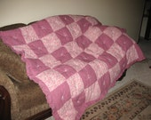 Handmade Extra fluffy, retro, pink floral, tied quilt