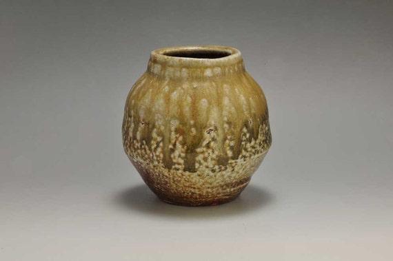 Shigaraki, anagama, ten-day anagama wood firing, with natural ash deposits wall hanging flower vase, kakeuzu-27