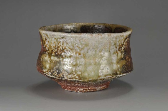 Shigaraki, anagama, ten-day anagama wood firing, with natural ash deposits tea bowl. chawan-40