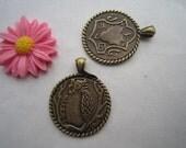 10pcs 25mm Vintage/Antique Bronze Owl with round Shield Metal Charm Pendant M22903