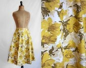 """1950s Skirt / Floral Skirt / White and Yellow floral skirt/ 28"""" 29"""" Waist"""