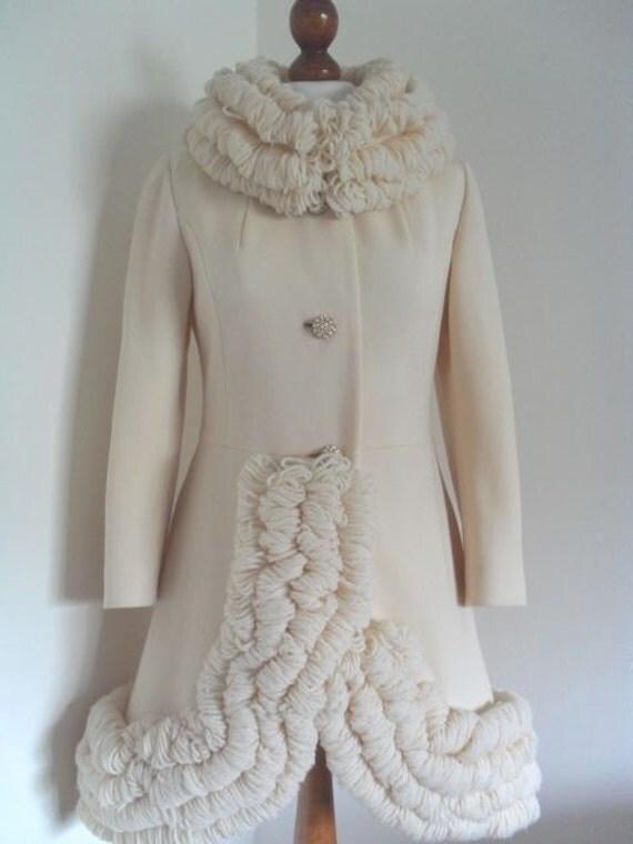 Sale . LILLI ANN French Knit . Simply Sensational Vanilla Wool Knit Coat .  S M small medium 60s 50s