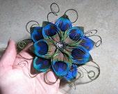 Split-Petal Star Flower Peacock Feather Hair Clip Fascinator