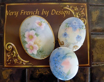 3 pieces, Large Hand Painted Porcelain Brooch, Pin, Flowers, Forget Me Nots,