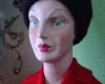 Counter Mannequin, Display, Perfume, Movie Prop, Jewelry.