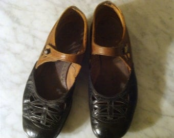 Antique French Leather Mary Jane Little Girl Shoes