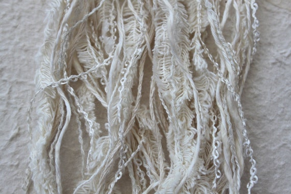 Skein of textured yarns and threads - creamy natural