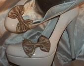 Bridal  Shoe Clips - set of 2 - Crushed Taffeta in Champagne - Fabric Bows Shoe Clips - small
